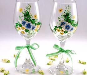 Painted Wine Glasses With Flowers